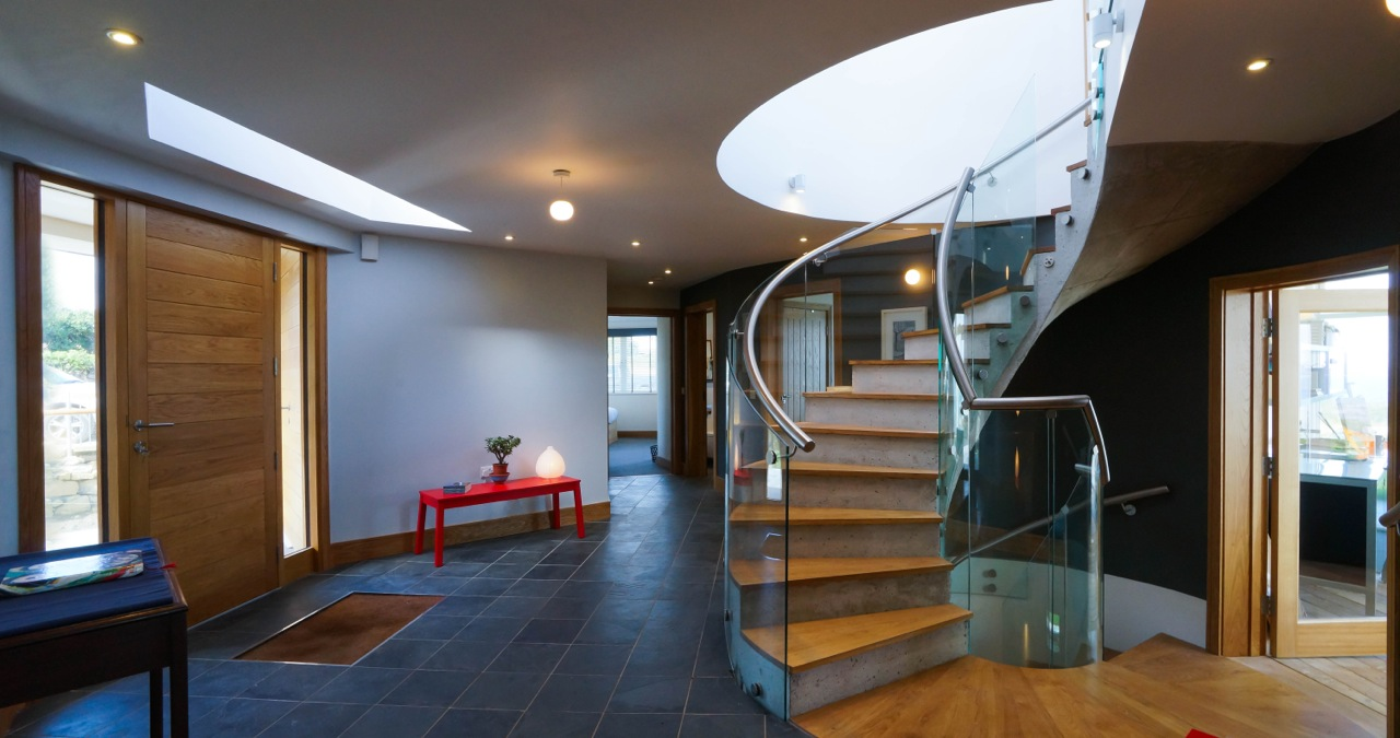 Inspiring architecture designed house in Cornwall staircase