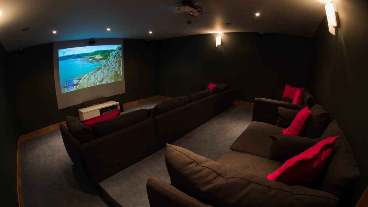 Inspiring architecture designed house in Cornwall cinema